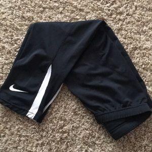 Nike Dri-Fit capri tights